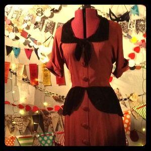 Vintage 1940s Peplum Dress (4)
